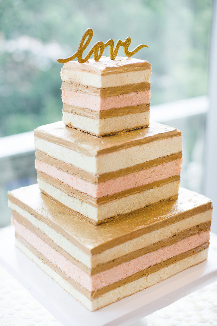 naked cake with square tiers