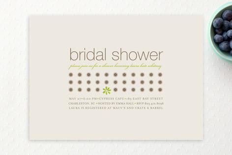 Daisy Calendar Bridal Shower Invitations