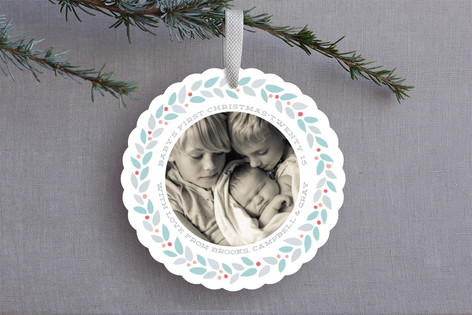 modern wreath holiday ornament cards