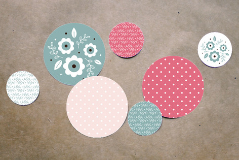 Blushing Owl Table Confetti