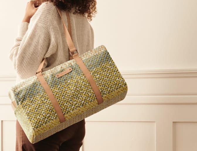 Slide 3: Custom Bags