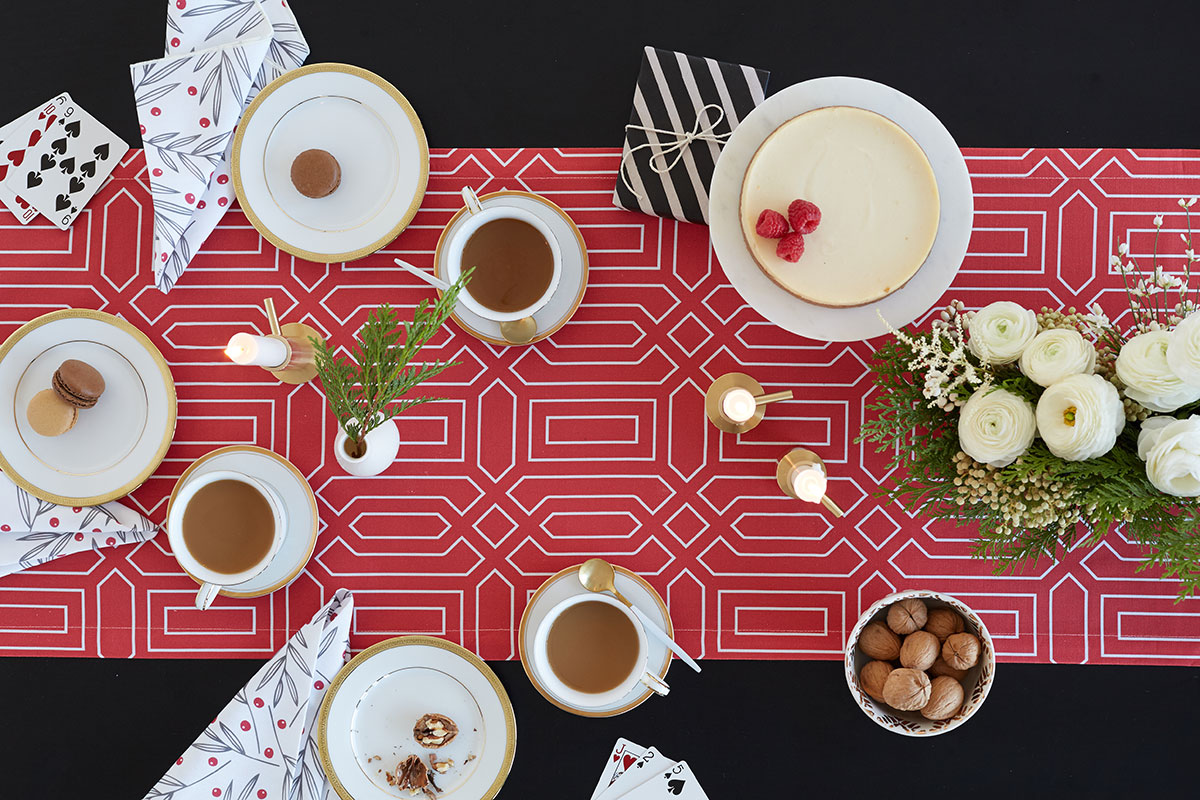 Holiday Dining Looks - Full Table image