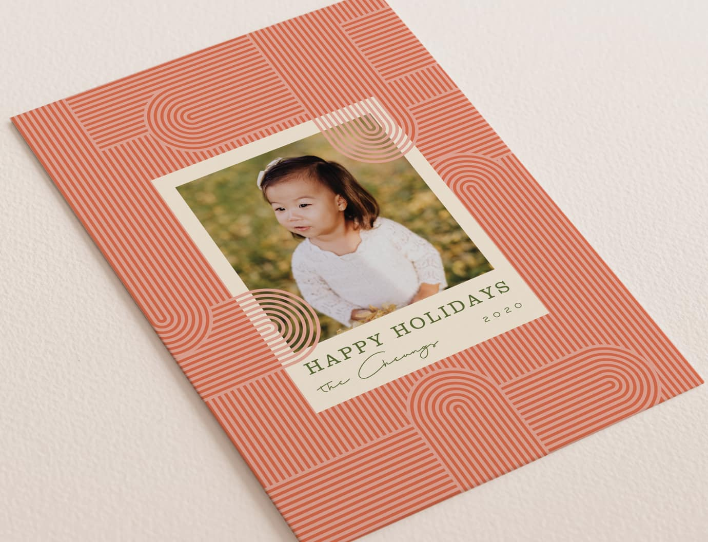Deco lines holiday card trend