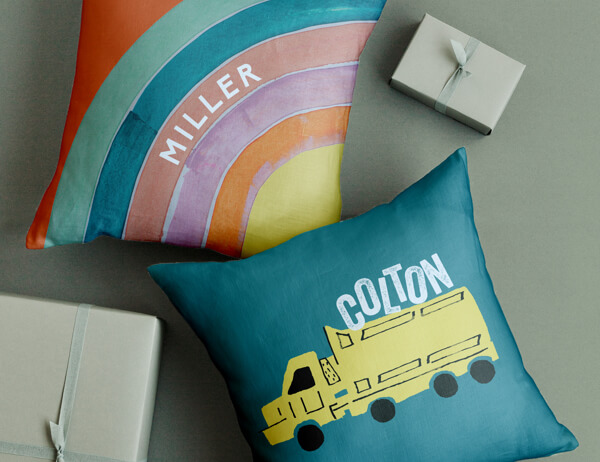 Personalizable Pillows & Chairs (close up)