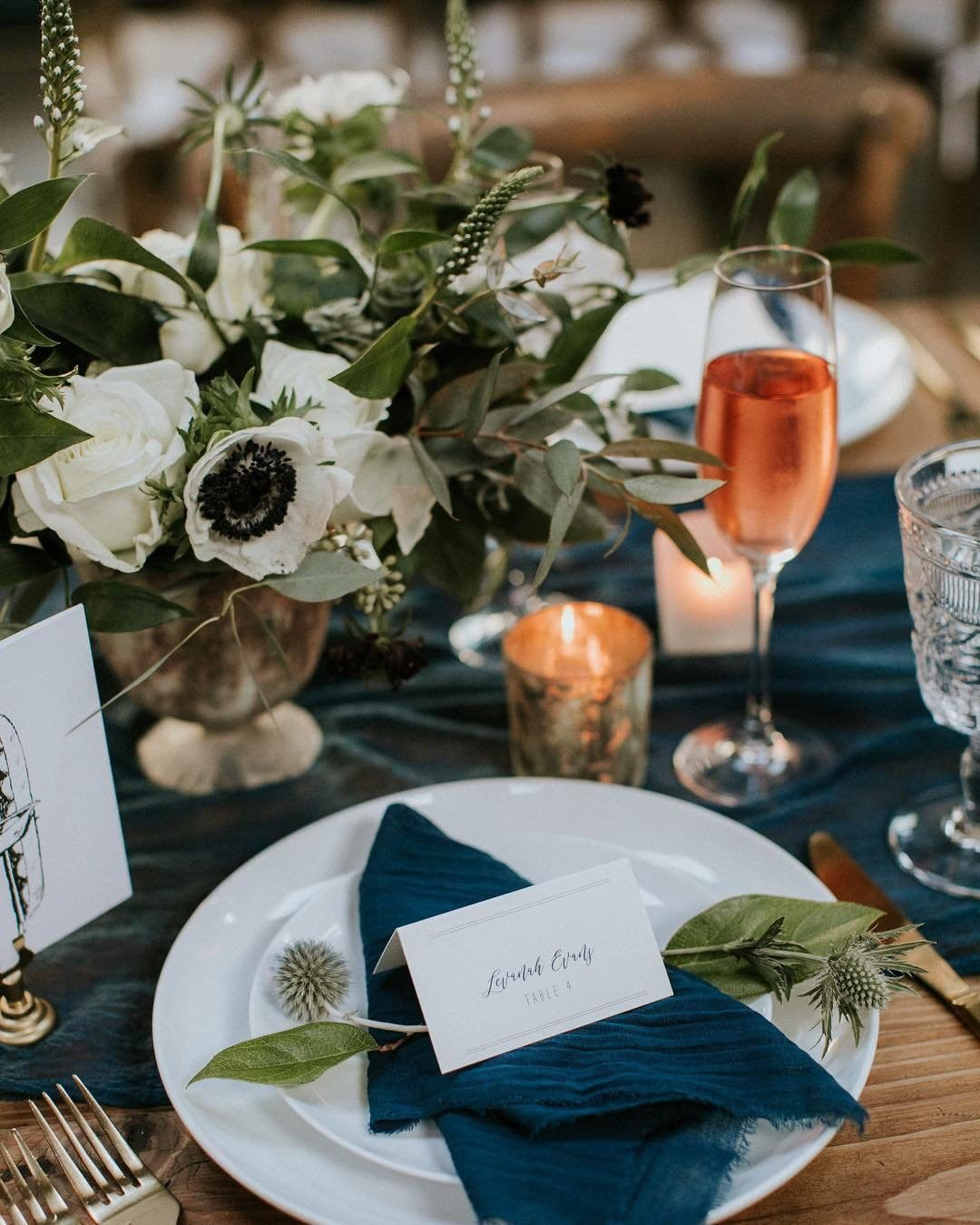 wedding place setting with flowers