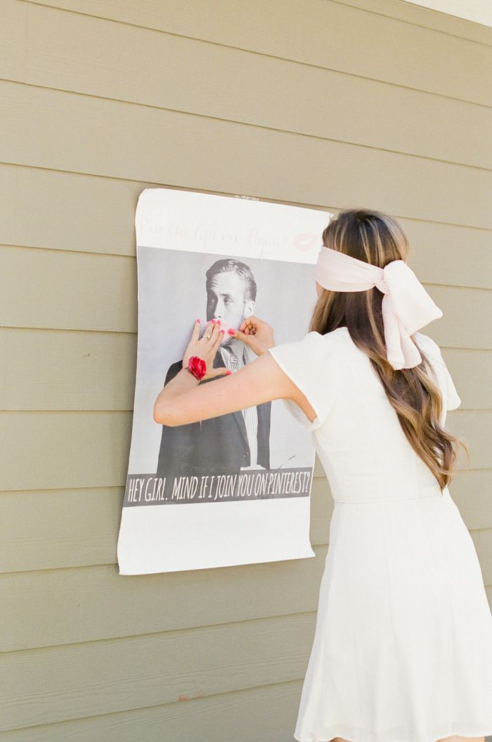 bride playing bridal shower game