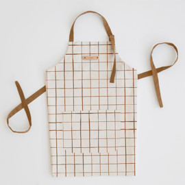 This is a brown apron by Carolyn Nicks called Montauk in standard.