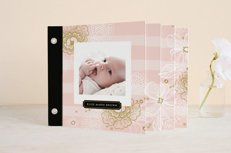 Lace Flowers Birth Announcement Minibook™ Cards