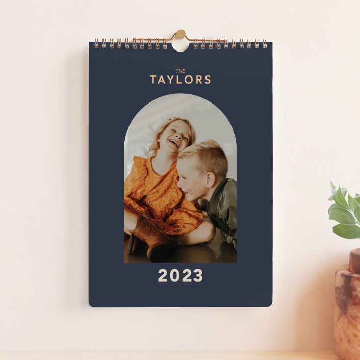 """Ovalon"" - Modern Photo Calendars in Navy by Alex Roda."