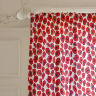 Red flowers Curtains