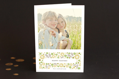 Sparkling Berry Easter Greeting Cards
