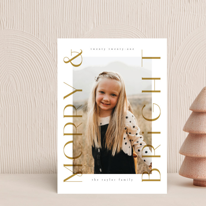 """""""Merriest&Bright"""" - Holiday Postcards in Golden by Ana de Sousa."""