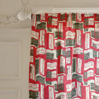 Mixed Tape Self-Launch Curtains