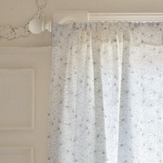 Petal blend Self-Launch Curtains