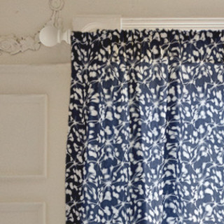 Woodberry Self-Launch Curtains