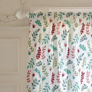 Playful leaves Self-Launch Curtains