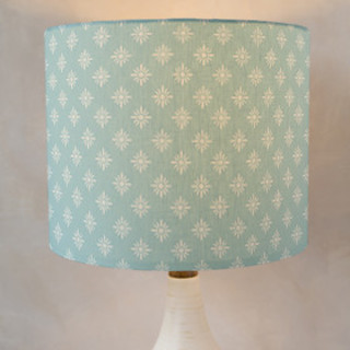 Simple Daisy Self-Launch Drum Lampshades