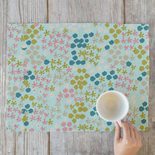 Ditsy Florals Self-Launch Placemats