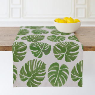 Darcy Self-Launch Table runners
