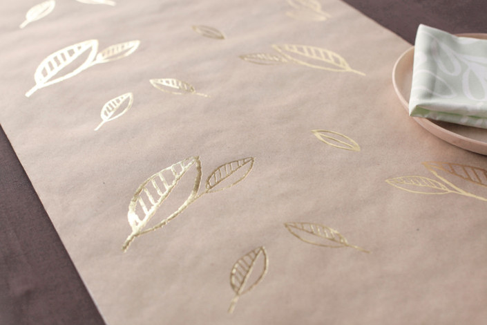 120 leaves gold foil table runners for 120 table runners