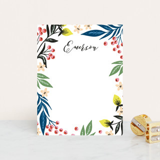 Berry Vines Personalized Stationery