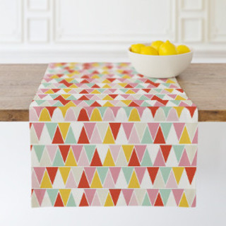 mini triangles Table runners