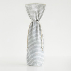 This is a white wine bag by Katie Jarman called Division.