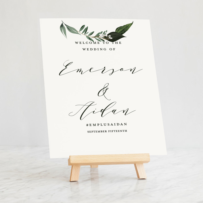 Small Tabletop Easel Easels
